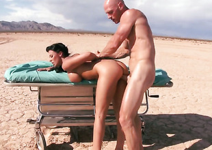 Johnny Sins makes Nice-looking tart Rachel Starr with big Bristols gag on his rock hard dick