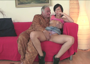 This old fart merely can't take his face hole off this chick's delicious cookie