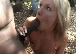 Perverted pale Wanda Desideratum meets hobo and gives him a blowjob outdoors
