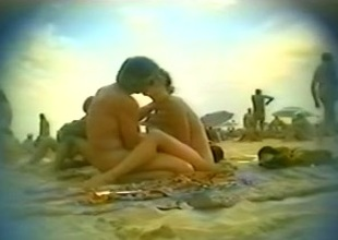 Voyeur sex video here a nasty couple on the run aground be proper of Docilely d'Agde