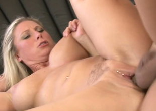 Delightful blonde mommy Devon Lee gets her snapper banged well