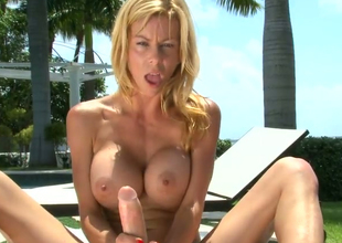 Hot blonde chick Alexis Fawx gives tea jerking unworthy of