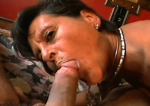 Experienced woman Alishea finds a hung young ally for some fun