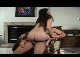 Lusty Kelli Tyler blows her man's weasel words before he penetrates her twat