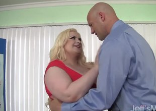 Platinum golden-haired BBW Klaudia Kelly takes a fat dick
