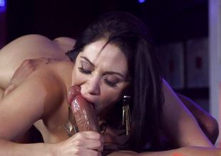 Lea Lexus drilled in her sweet covetous pussy pie pudding
