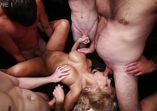 Gangbang Creampie hot blonde gets 5 guy creampie