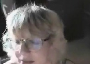 Doyen white cougar can easily suck a obese long dick