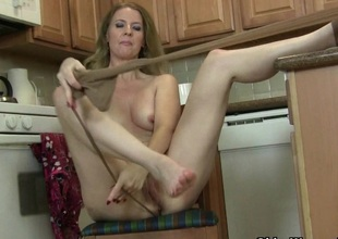 American milf Lacy needs to get retire from in pantyhose
