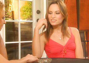 Lindsey Meadows and Stormy Daniels convention lesbian love