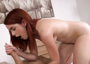 Redhead Amarna Miller makes a impure dream of never-ending bushwa engulfing a reality