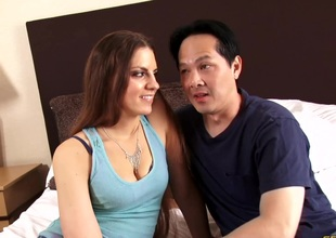 Real couple filmed as they have awesome sex in hem