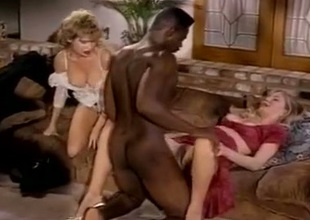 Barbarella and Moana Pozzi experience their fucking skills tested by Sean Michaels