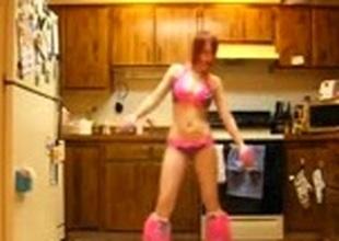 Lean and hanker legged scrubber in polka dot lingerie