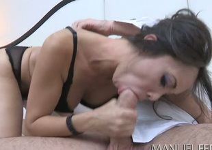 Beautiful mommy Katsuni gives some nice blowjob in Manuel Ferrara