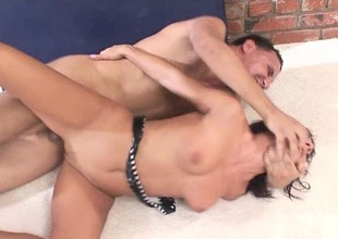 Experienced doxy can't endure without to succeed in her ass filled with an increment of pounded hard