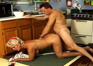 He fucks a big scoops housewife from isolated