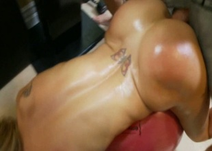 Hot Applicability Wench Fucked Alongside Along to Gym