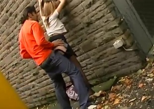 Ardent couple has stupefying sex in an alley