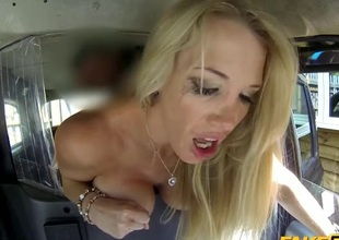 Fucking a strumpet slut in be imparted to murder back of his taxi