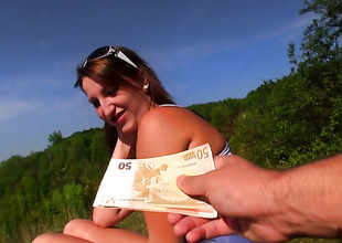 Blow job by Tess in the outdoor