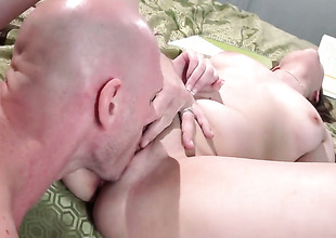 Johnny Sins is horny as hell and cant expect no more to fuck sexual congress in its entirety Elektra Roses pussy gap
