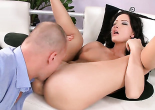 Brunette Bailee gets her core used before getting suited